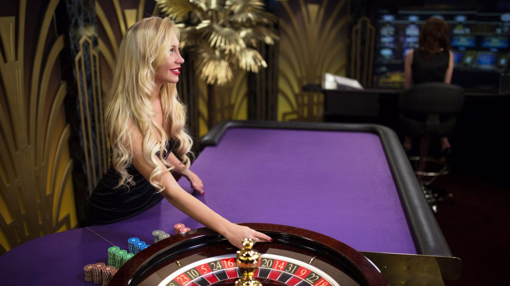 How to Play Live Roulette